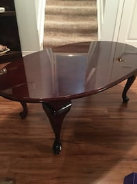 Coffee table and 2 end tables  Richmond Hill, L4E