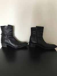 Woman's black leather boot Size 8 Vienna, 22180