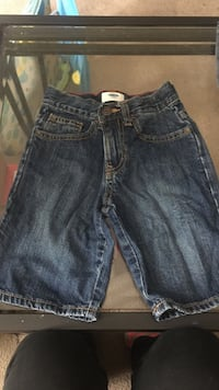 toddler's blue denim shorts Freeport, 61032