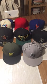 Hats 30$/lot Caledon