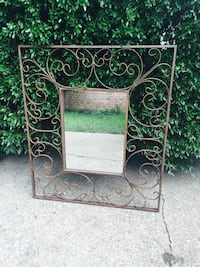 Beautiful iron mirror (large) No holds Bossier City, 71112