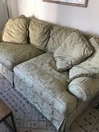 Couch for Sale in Arlington, VA LANHAM