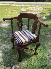 Chippendale Corner Chair  Reddick, 32686
