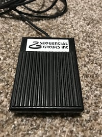 Vintage sequential circuits synth pedal