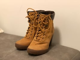 Womens Timberland Camdale Boots size 6