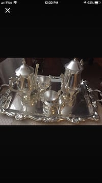 Silver tea and coffee NEW SET. No tray. Only one pot with sugar and milk saucer Mont-Royal, H4P 1H7