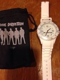 One Direction VIP Watch. With engraved signatures on the back side Bloomfield, 07003