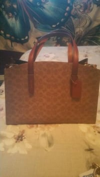 Brand new coach purse  Surrey, V3W 0T9