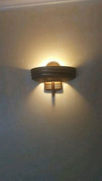 Nice Wall Lamp... $5 each... I have 3 of them Laurel, 20708