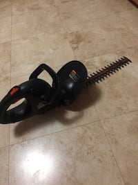 "17"" Black and Decker Hedge Trimmer Wake Forest, NC 27587, USA"