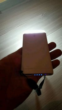 Ttec powerbank.. 4000 mh  Kars