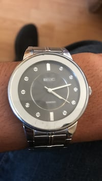 silver framed Relic analog watch with silver link strap
