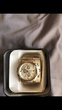 round silver chronograph watch with link bracelet Mansfield, 76063