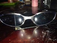 silver-framed dark lens sport sunglasses Winnipeg, R3G 1V8
