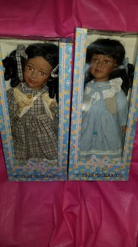 two porcelain dolls in boxes Capitol Heights, 20743