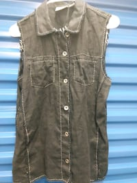 Chicos vintage black distressed sleeveless vest top size 1 s