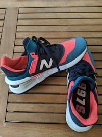 New Balance 997s Guava with Dark Neptune size 7.5 Silver Spring