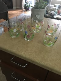 Hand painted glasses  Laval, H7K 3X8