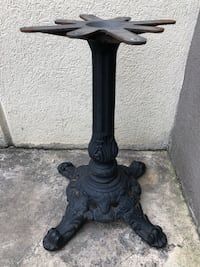 Decorative Cast Table Base (1 available) Bel Air, 21014