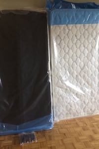 Brand New Twin Mattress With Boxsprings ( Leg Stands included) Oshawa