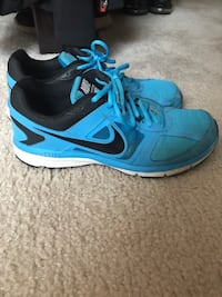 Used men's size 10 Nike shoes Quakertown, 18951