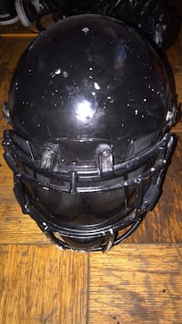 Football helmet large Washington, 20032