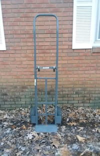 Milwaukee Convertible Hand Truck/Dolly
