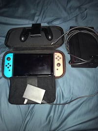 NINTENDO SWITCH LIKE NEW 180 today only Ansonia, 06401