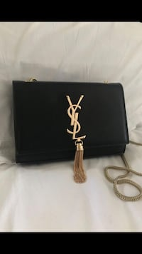 black leather tote bag and long wallet Moreno Valley, 92553