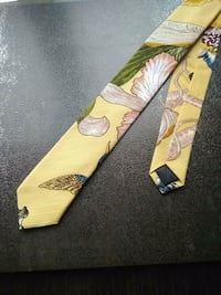 yellow and green floral scarf Burnaby, V5H 4L8