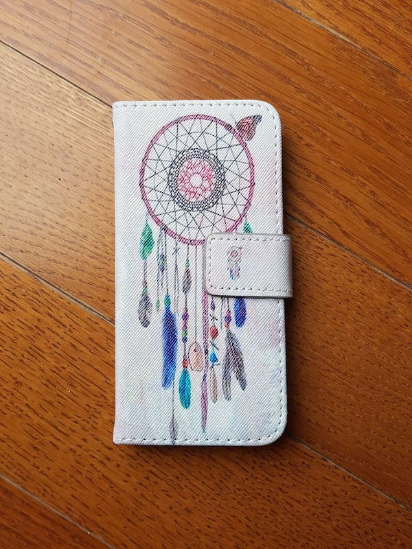 multicolored dream catcher case