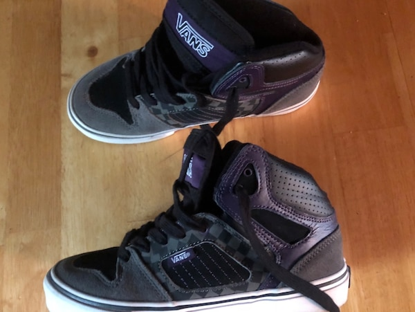 9fa0c2ad41 Used VANS Size 4 Hightop Skateboard Shoes.  15 Must PU In McDonough for  sale in McDonough - letgo