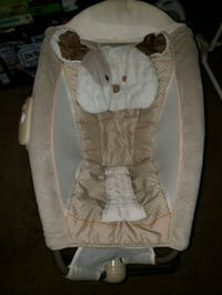 baby's white and brown bed/rocker Morrison, 80465
