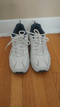 New dr scholl's sneakers