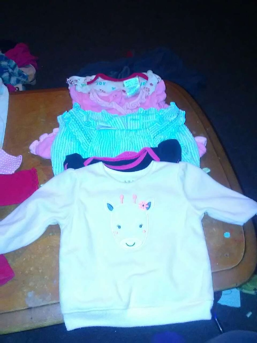 Used Newborn and 0 3 months baby girl clothes in Manchester