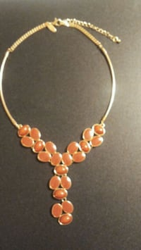 gold-colored beaded necklace Harrisburg, 17112