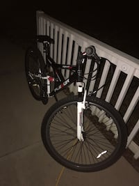 """26"""" Mountain Bike BARELY USED Greenville, 29615"""