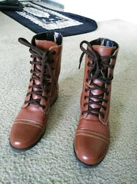 pair of brown leather boots San Diego, 92037