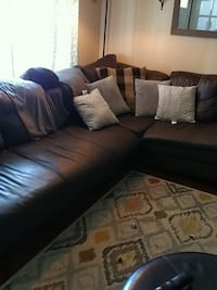 Sectional Couch Dearborn Heights, 48125