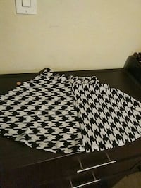 Hounds tooth size small skater skirt