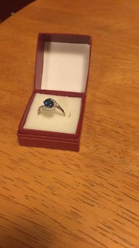 Sapphire and diamond silver ring size 8 Canyon, 79015