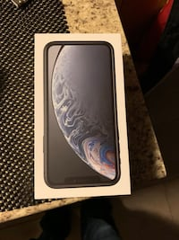 Space gray iphone xr with box Calgary, T2C 0N1