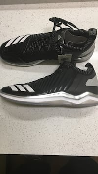 Adidas Icon Trainer size 11.5