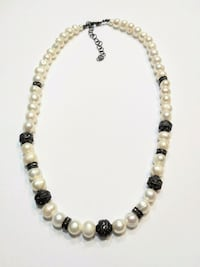 Stunning freshwater pearl necklace  Mississauga, L5M 4Z5