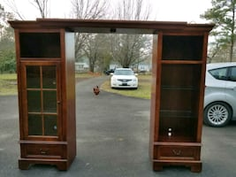 Two lighted bookcases unit