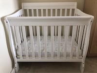 baby's white wooden crib Arlington, 22201