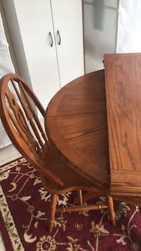 brown wooden dining table set Mississauga, L5B 4E6