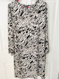 Vince Camuto Animal Print Long Sleeve Dress size XL (pick up only) Alexandria, 22310