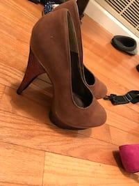 Women's shoes size 8.5 lightly worn  Elkridge, 21075
