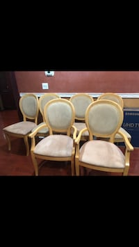 Dining table used good condition has 6 chairs  Wilkes-Barre, 18702